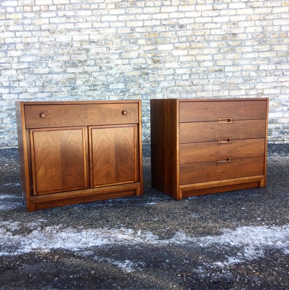 EGW_chests-pair_1