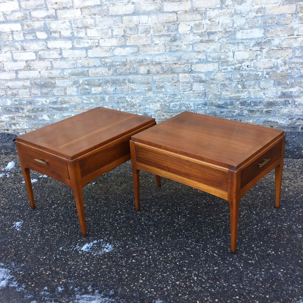 Lane Furniture Rhythm accent tables with drawers