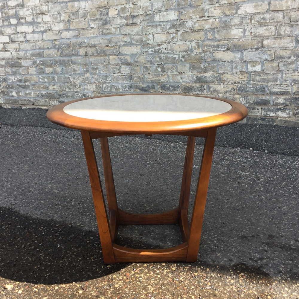 BIL_accent-table_round_1