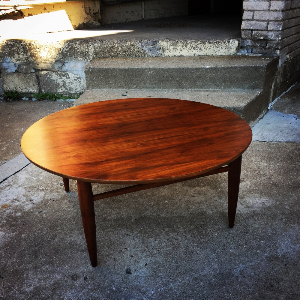BIL_coffee-table_round_1