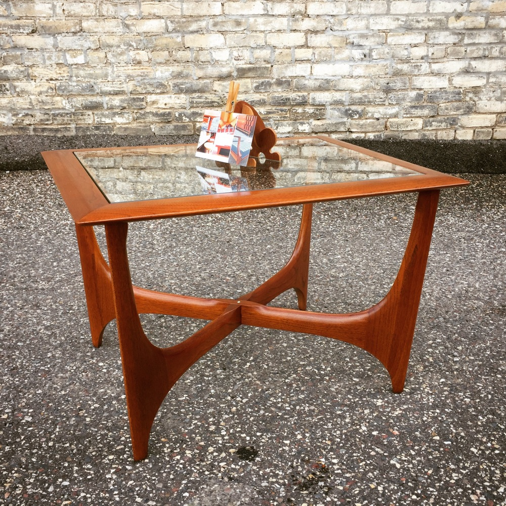 EGW_accent-table_Silhouette_1