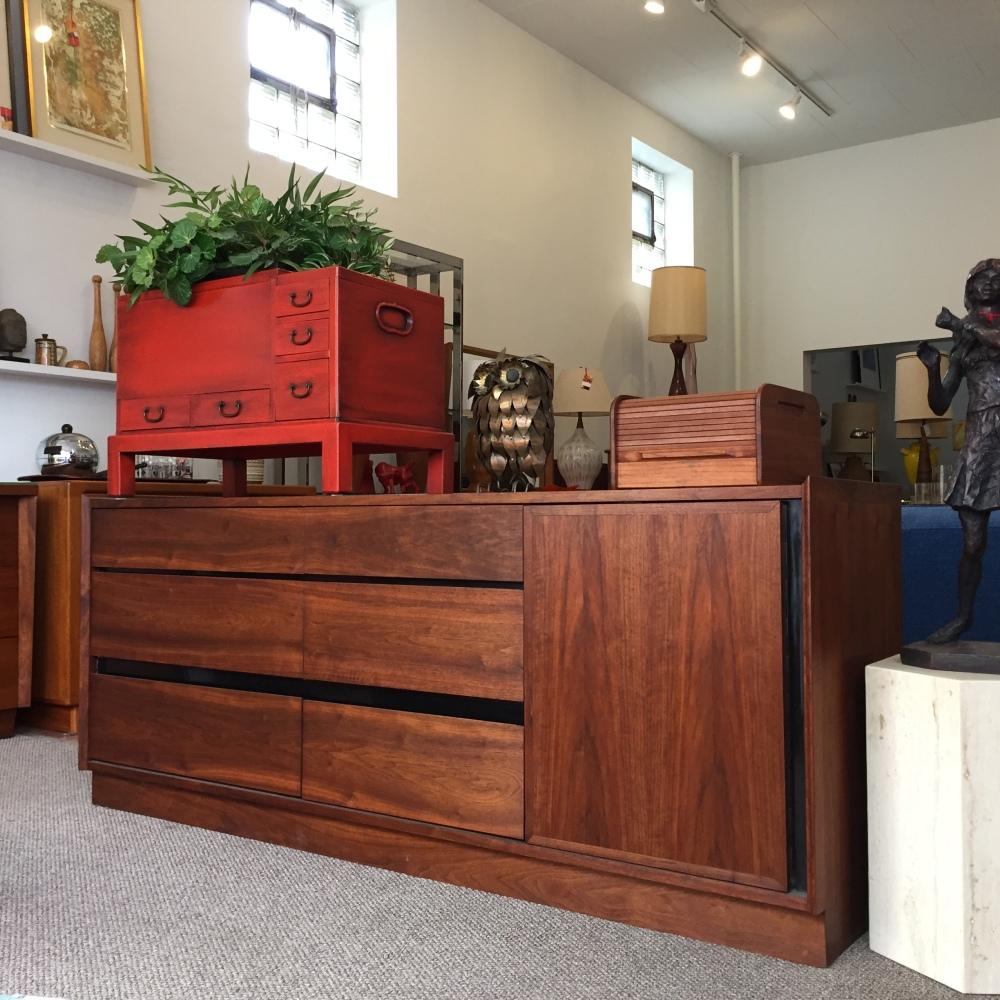 Dillingham Esprit - dresser - Merton Gershun - mid-century furniture