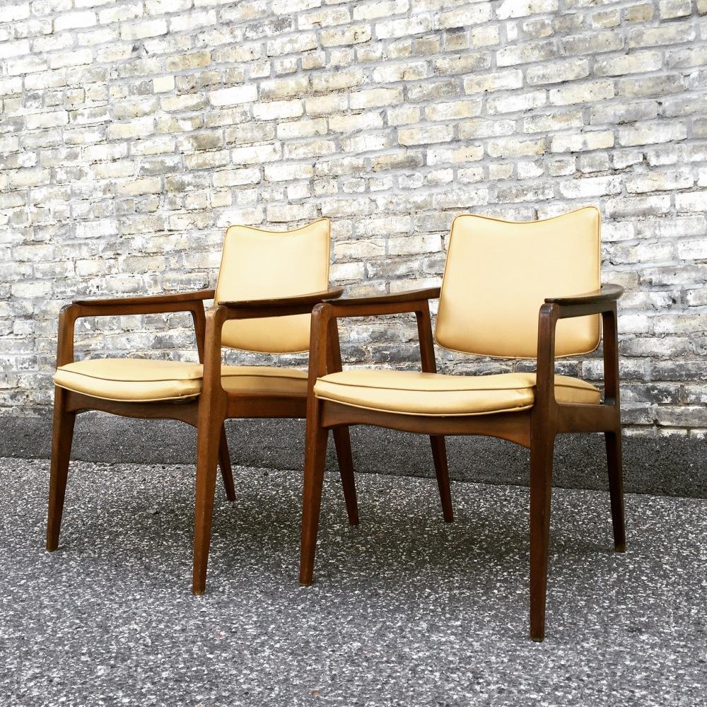 Sigvard Bernadotte chairs - France & Daverkosen - made in Denmark - Scandinavian modern furniture