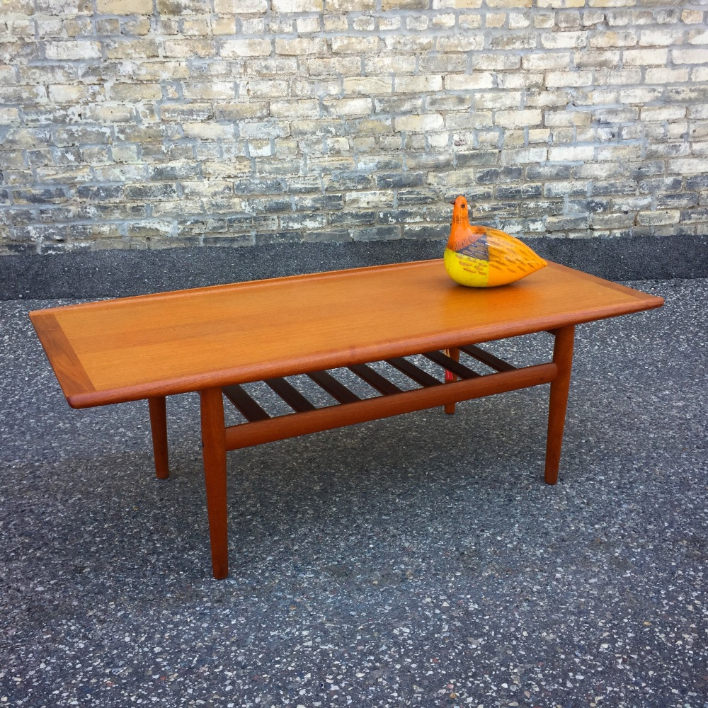 JPM_coffee-table_Grete-Jalk_1