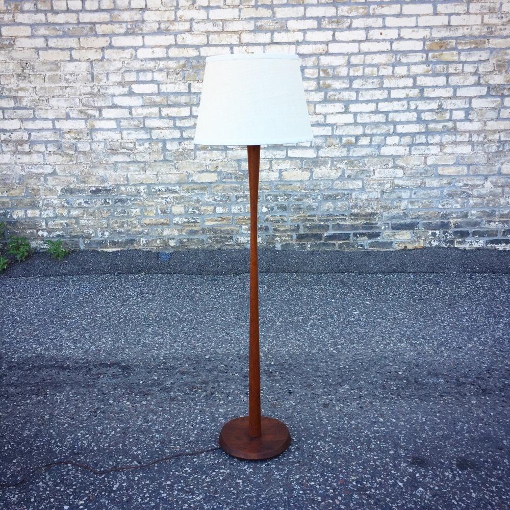 Jane and Gordon Martz walnut floor lamp - Marshall Studios