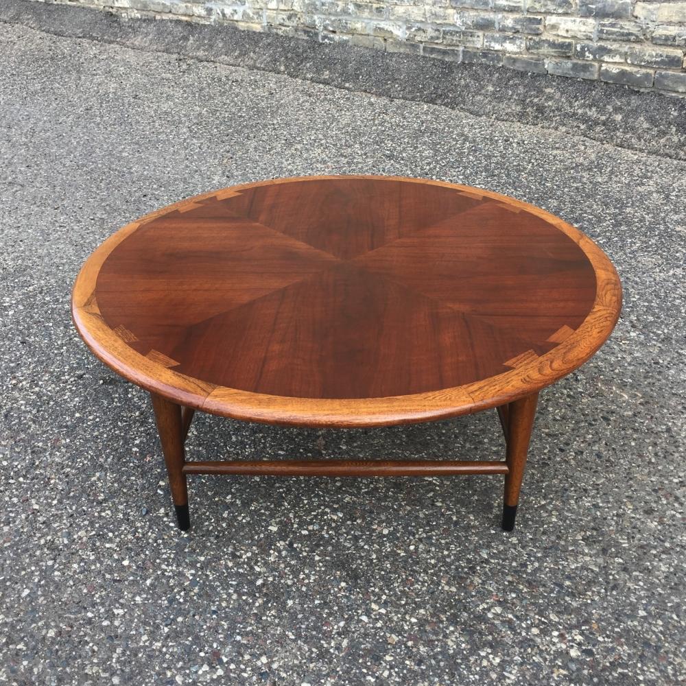 Lane Acclaim coffee table - round