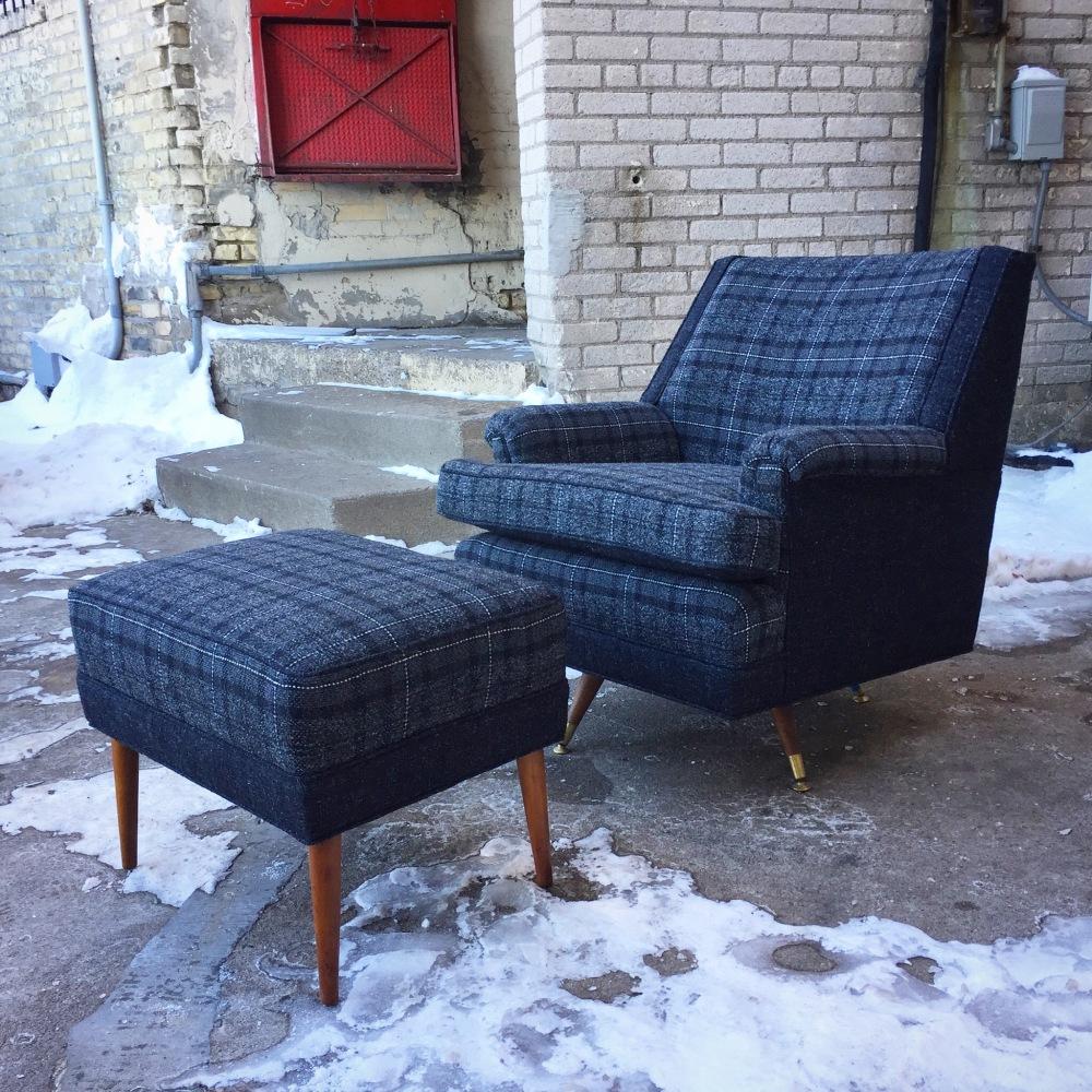 KLU_chair-ottoman_charcoal_1