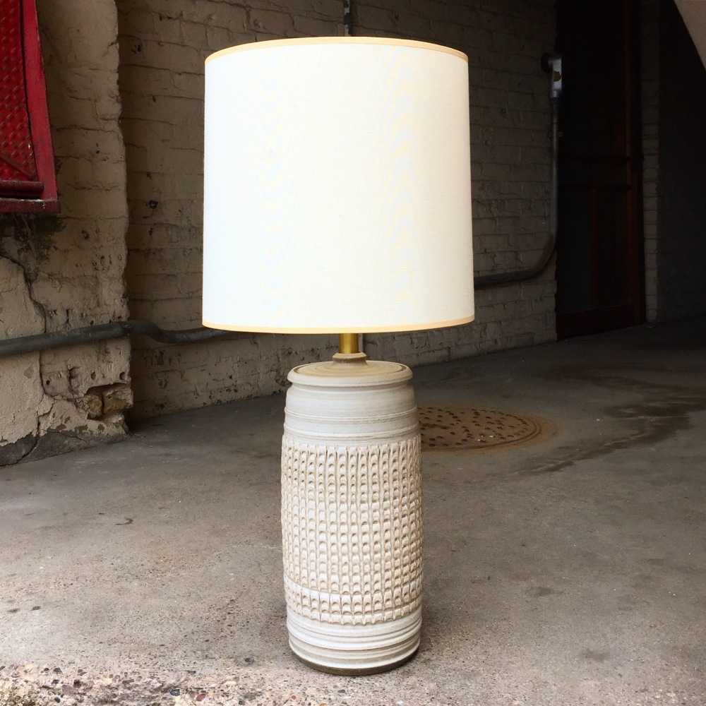 Affiliated Craftsmen lamp - Bob Kinzie - studio pottery - California pottery