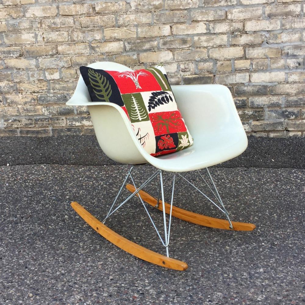 Original Eames fiberglass rocking chair - Herman Miller