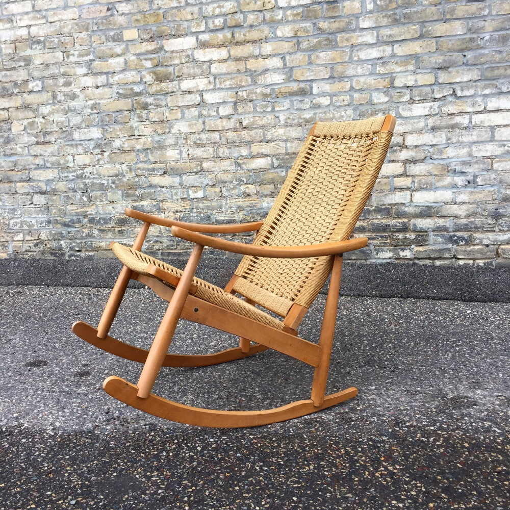 Hans Wegner style rocking chair - woven rope - made in Yugoslavia