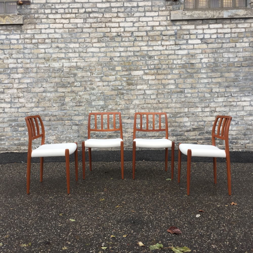 NNK_chairs-dining_Moller-Model-83_1