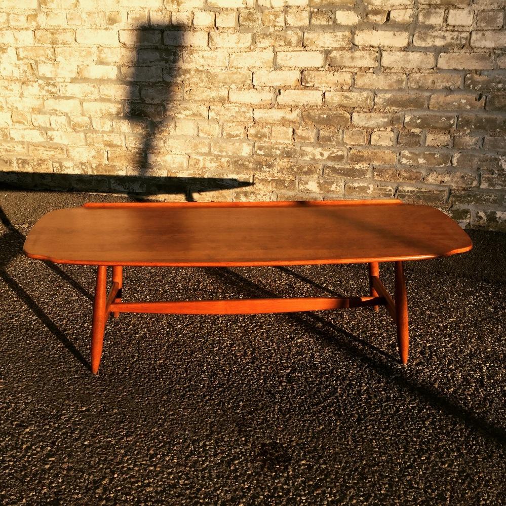nnk_coffee-table_conant-ball_1