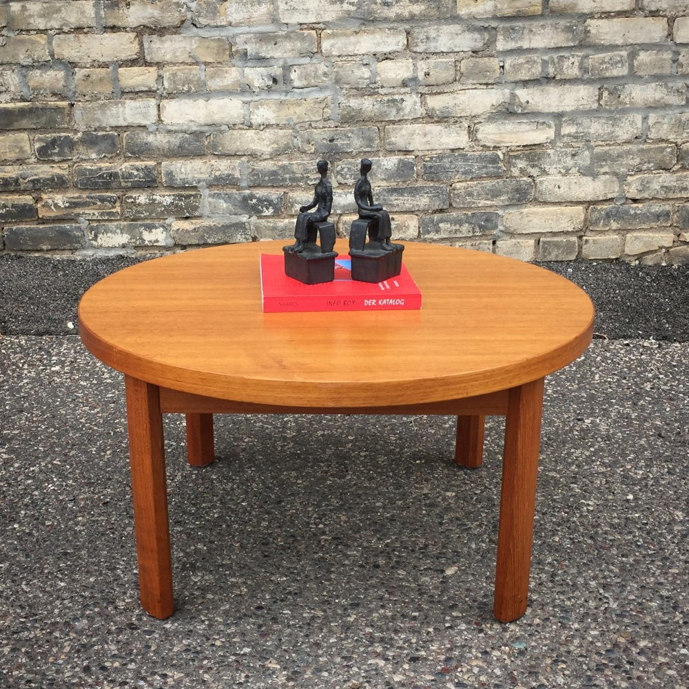 Round teak coffee table - made in Denmark by Toften