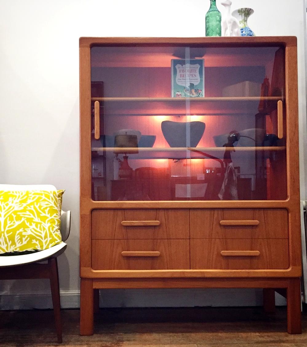 Dyrlund - Denmark - teak - hutch - display cabinet