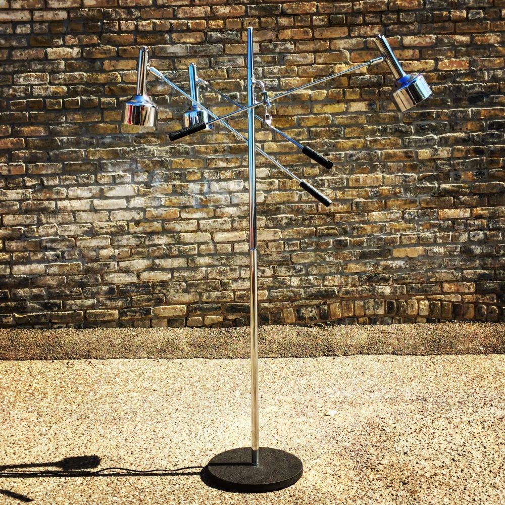 NNK_lamp-triennale_1