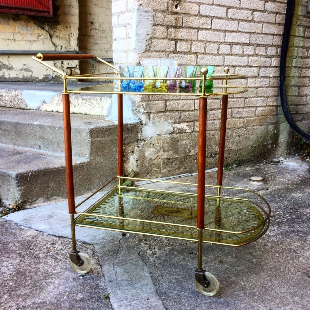Mid-century serving - bar cart - Hollywood Regency