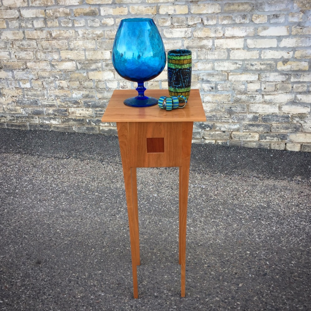 GIL_console-table-pedestal_1