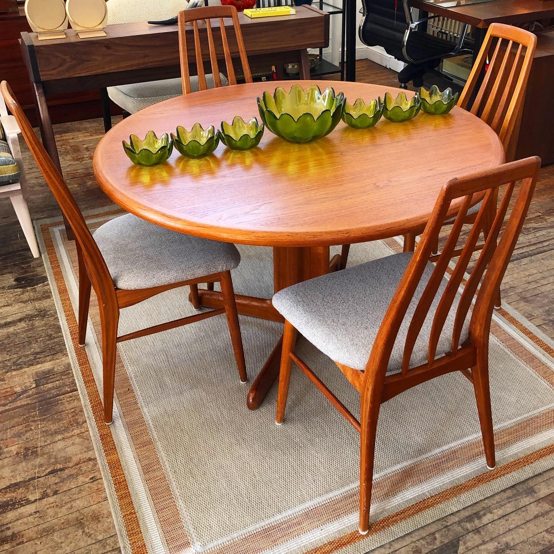Koefeds Hornslet Eva chairs + Gudme Mobelfabrik dining table