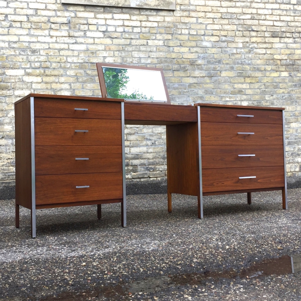 Paul McCobb - Linear for Calvin Furnituire - three-piece vanity and chest set