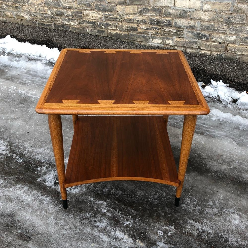 Lane Acclaim accent table - square