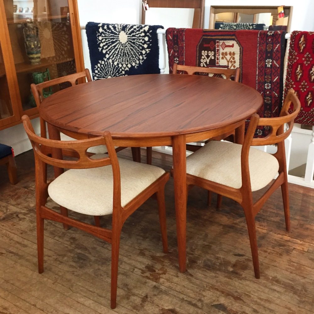 Danish modern teak dining set - Moreddi dining table