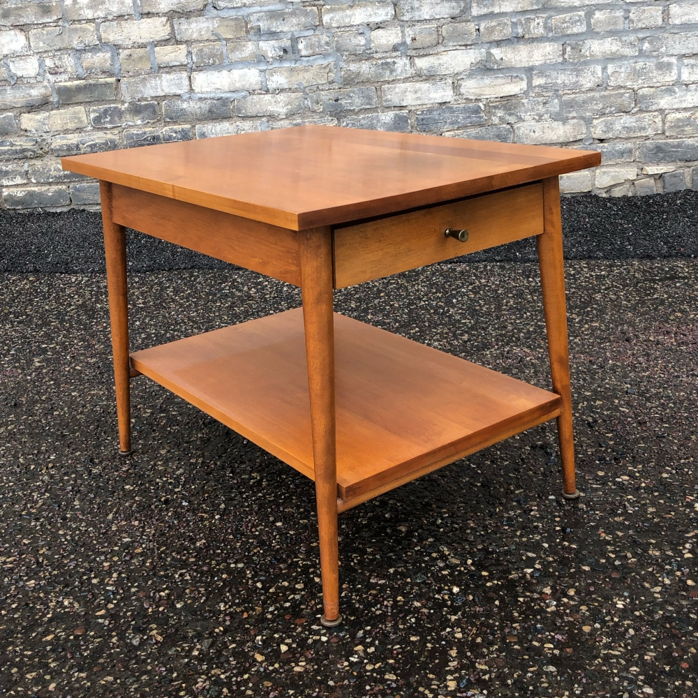 Paul McCobb Model 1587 Planner Group end table for Winchendon Furniture