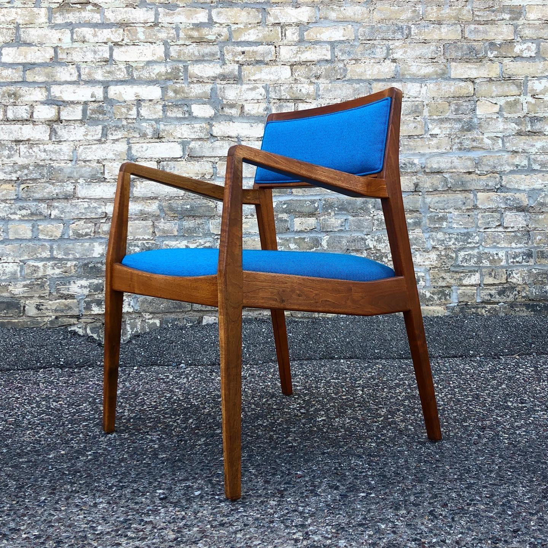 Jens Risom C140 - Playboy - chair