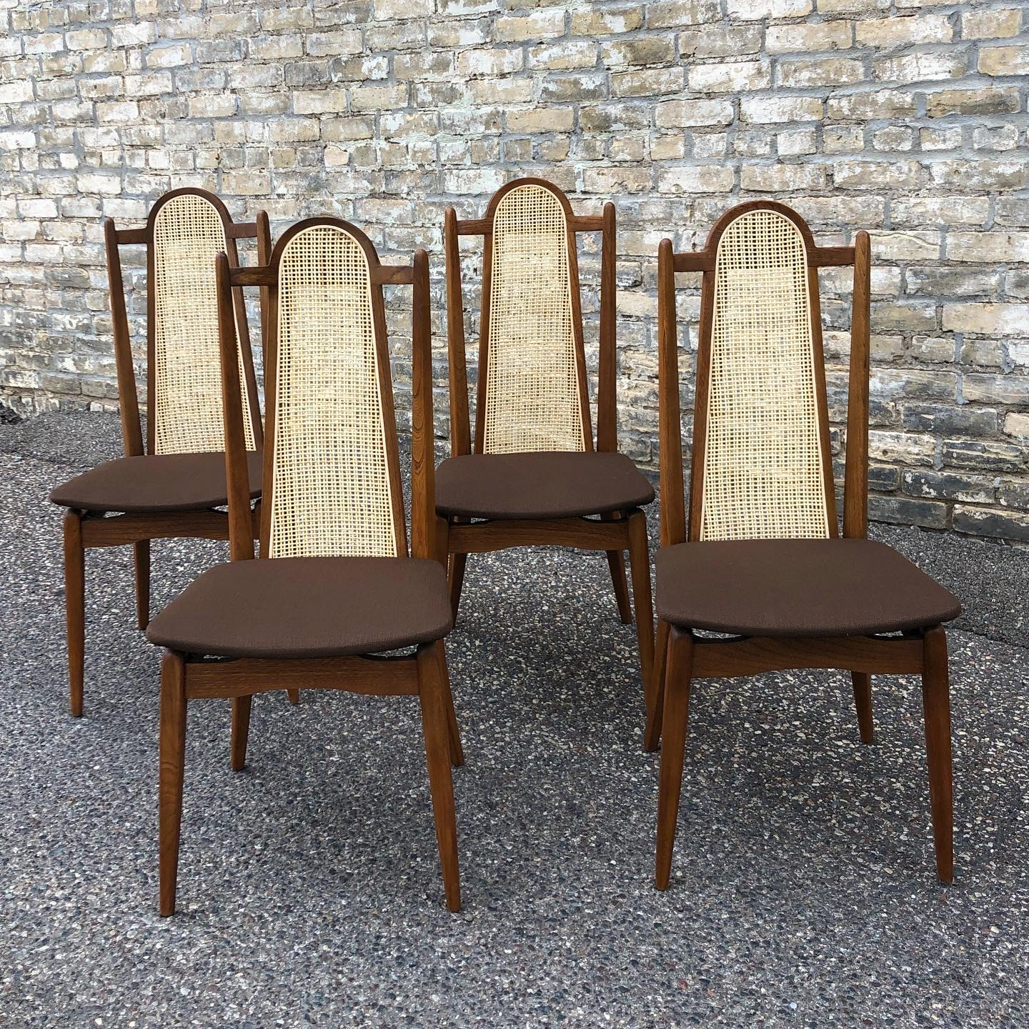 NNK_dining-chairs_Stakmore_1