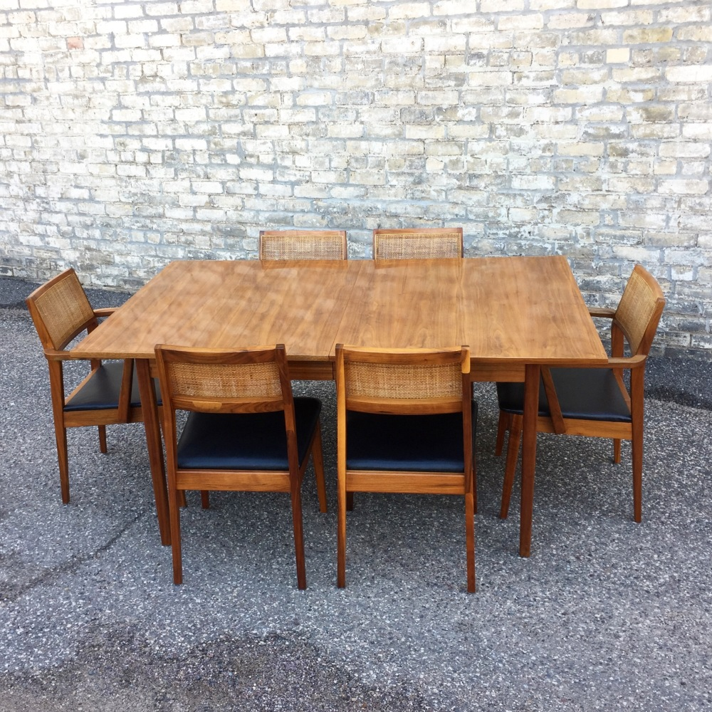 Hibriten Chair Co. dining set - table plus 6 chairs