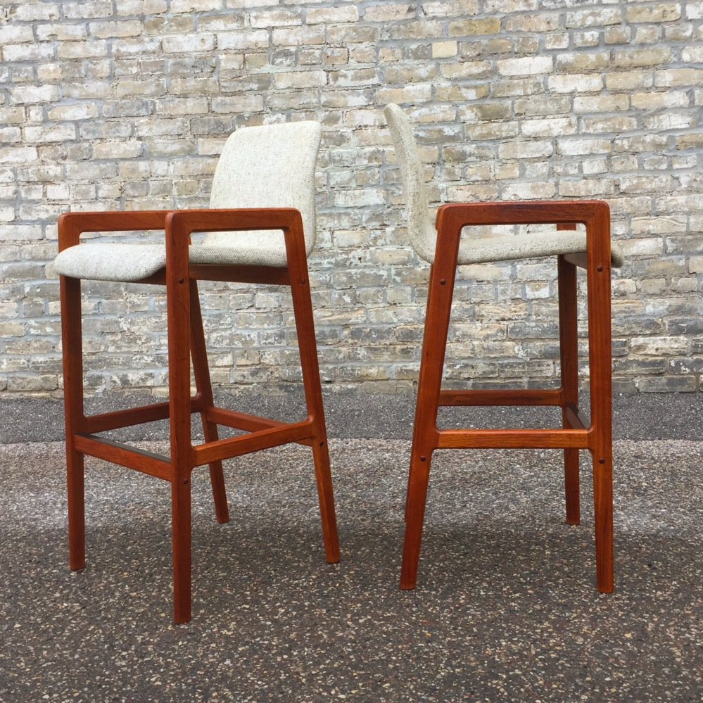 Teak bar stools - Tarm Stole OG Mobelfabrik