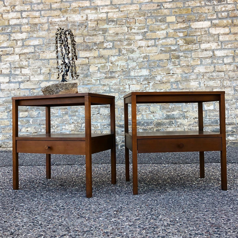 Paul McCobb Planner Group nightstand pair